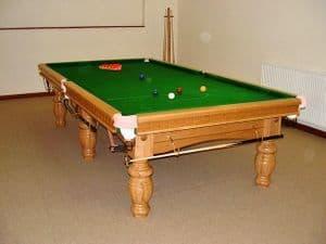 9ft Round Leg Oak Snooker Table Aristocrat leg