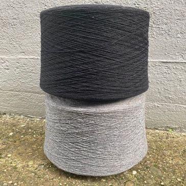Black Fine Merino wool - 15200 NM - 200g Cone