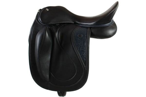 "17"" Dressage Saddle In Black With Dressage Seriously Straight Flaps"