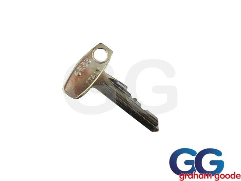 Wheel Centre Cap Key Sierra Cosworth GGR827