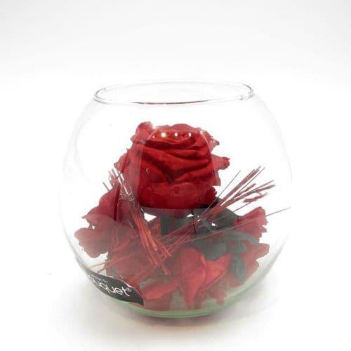 An Eternity rose in a glass vase / Διατηρημενο τριανταφυλλο μεσα σε γυαλα