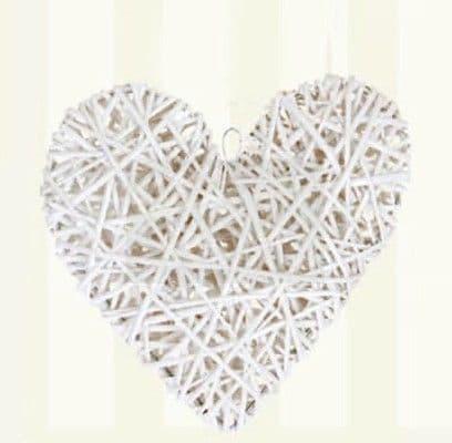 Medium white wooden heart / Μεσαία ξύλινη διακοσμητική καρδιά