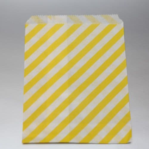 Oblique Stripes Yellow Party bitty bags Set of 25/ Πλάγιο ριγέ Κίτρινο χαρτινα σακουλακια Σετ των 25