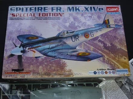 Academy Kit No.12211 - SPITFIRE FR.Mk.XIVe *Special Edition kit* 1:48 Scale