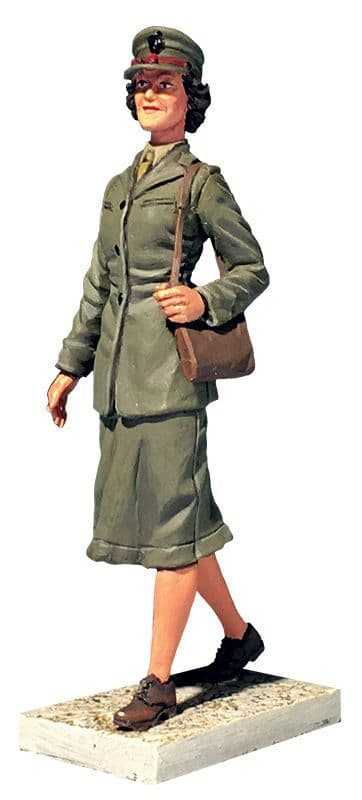 WB13030 U.S.M.C. Women's Reserve 1941-45   (This item is not released yet - Pre order Only)