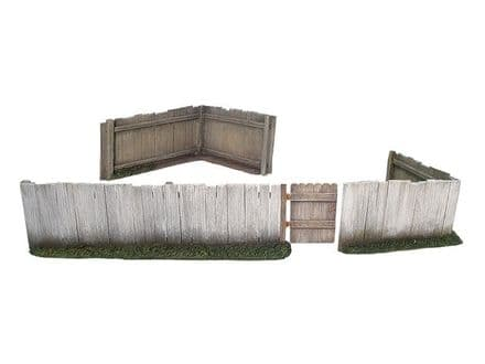 WB17920 Plank Fence Section with Working Gate