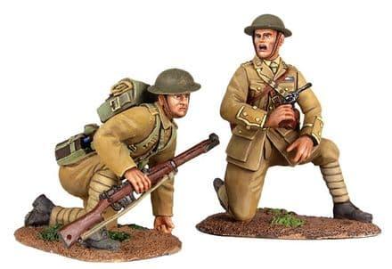 "WB23073 ""Move up"" British Infantry Officer Kneeling and British Infantry Preparing to Spring Up"