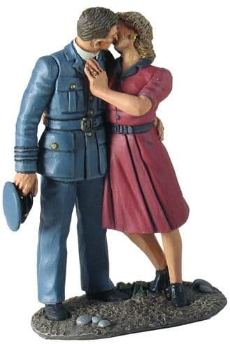 WB25025 I'll be Seeing You RAF Pilot and girl Kissing Goodbye