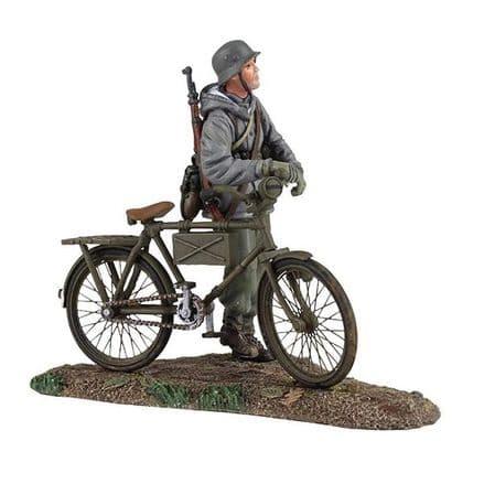 WB25037 German Volkgrenadier Pushing Bicycle