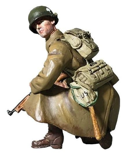 WB25124 U.S. 101st Airborne in Greatcoat Kneeling with Thompson