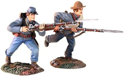 "WB31229 ""Charge"" Confederate Infantry Advancing with Bayonet and Attacking"