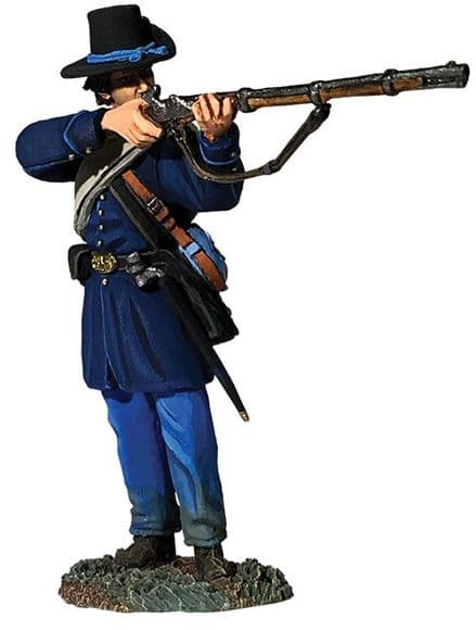 WB31288 Federal Iron Brigade Standing Firing